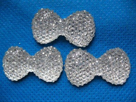 10 x 24mm SILVER GLITTER FLAT BACK BOW BOWS GEMS EMBELLISHMENTS CARD MAKING HEADBANDS BOWS